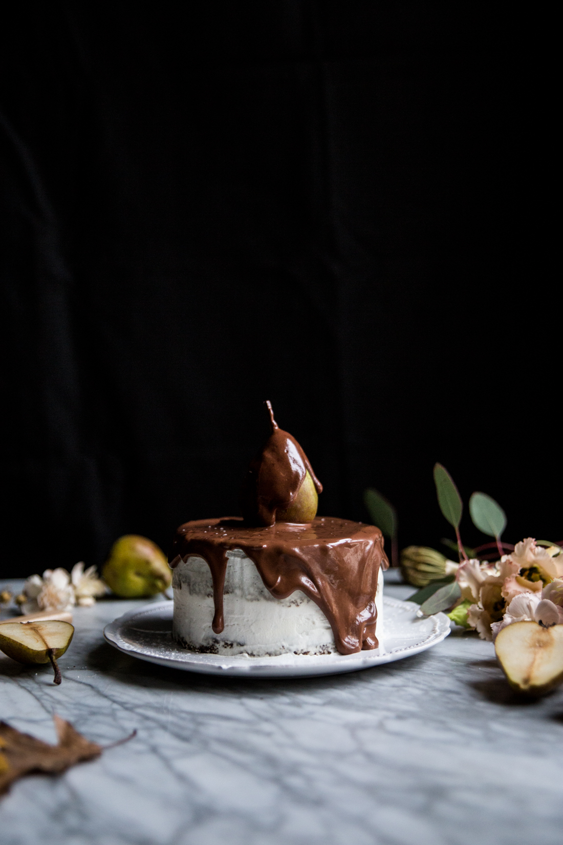 layer-cake-poires-cardamone-glacage-mascarpone-et-vanille-coulant-au-chocolat-ophelies-kitchen-book-ophelie-lauret-9