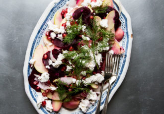 salade-de-betteraves-pommes-pommes-de-terre-grenade-chevre-aneth-ophelies-kitchen-book-ophelie-lauret