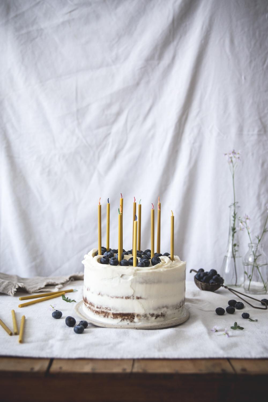 Gateau à étages à la banane, coco, myrtilles - Ophelie Lauret - Ophelie's Kitchen Book-7