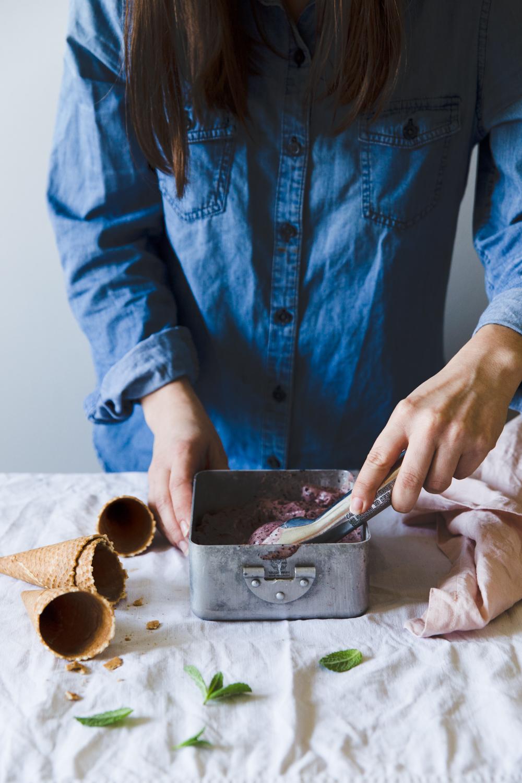 Glace minute banane-myrtilles - Ophelie Lauret - ophelie's Kitchen Book-10