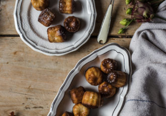 Recette de cannelés - Around Our Table Workshop photographie culinaire-7