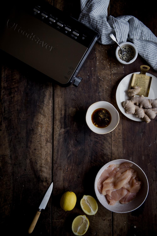Poulet sauté au gingembre & sésame - Ophelie's Kitchen Book - Ophelie Lauret