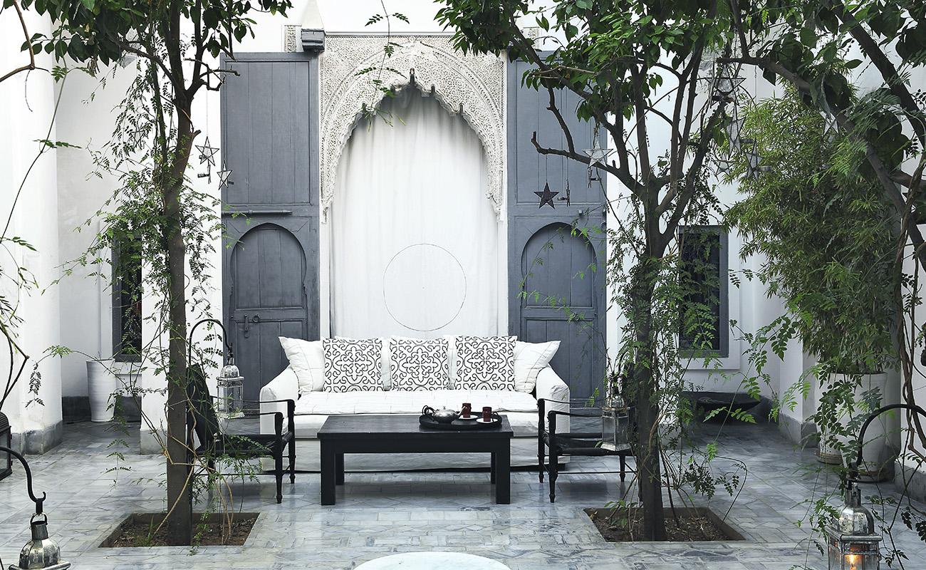 dar-kawa-patio-large-table-detail-tania-panova