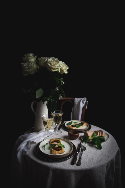 Tartelette feuilletée confit d'oignon et foie gras - Ophelie Lauret - Ophelie's Kitchen Book