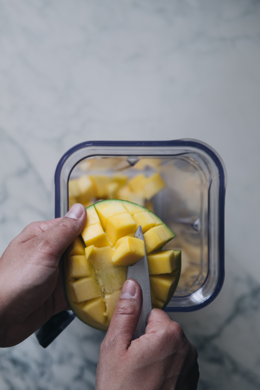 Smoothie ananas mangue eau de coco - Ophelie's Kitchen Book-6